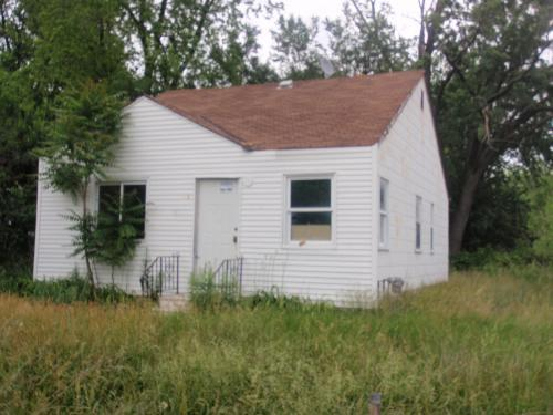 ForSaleByOwner (FSBO) home in Pontiac, MI at ForSaleByOwnerBuyersGuide.com