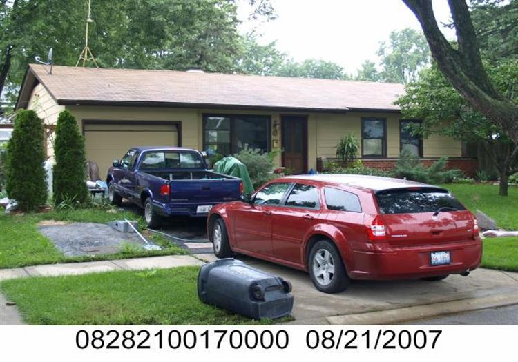 ForSaleByOwner (FSBO) home in Elk Grove Village, IL at ForSaleByOwnerBuyersGuide.com