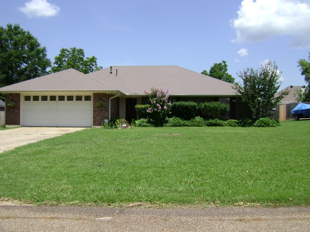 ForSaleByOwner (FSBO) home in Benton, LA at ForSaleByOwnerBuyersGuide.com