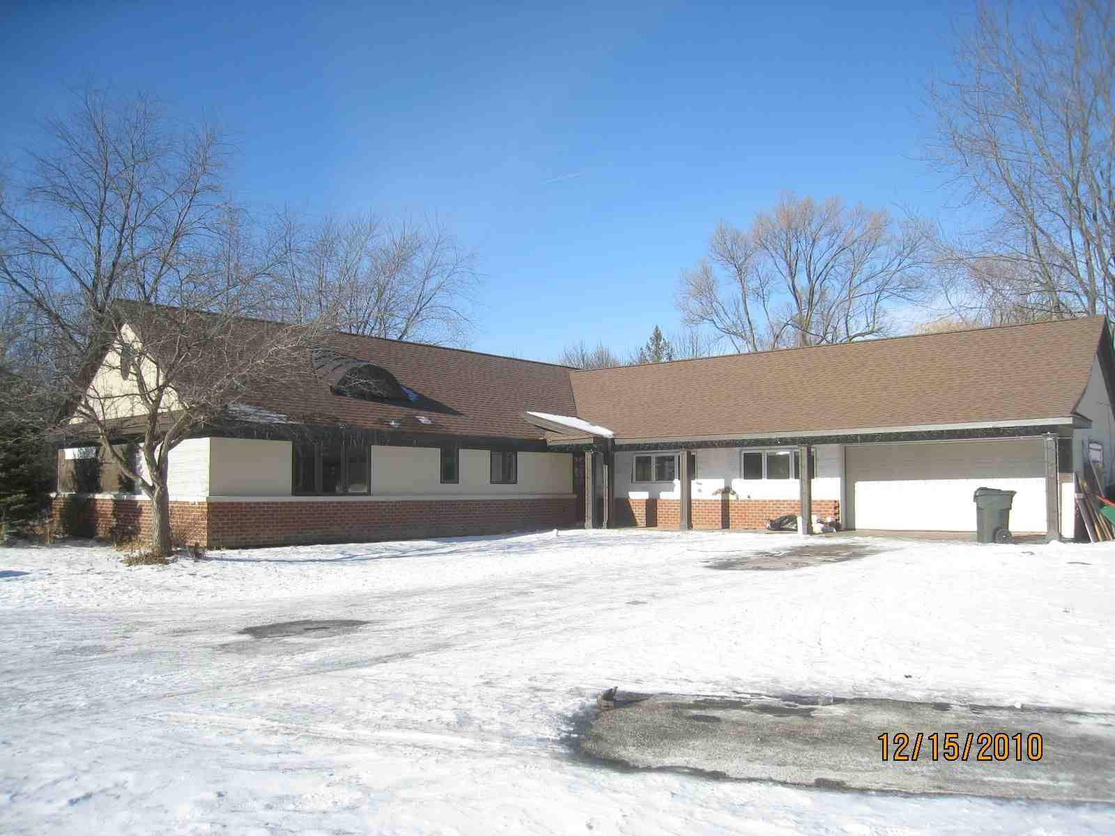 ForSaleByOwner (FSBO) home in Libertyville, IL at ForSaleByOwnerBuyersGuide.com