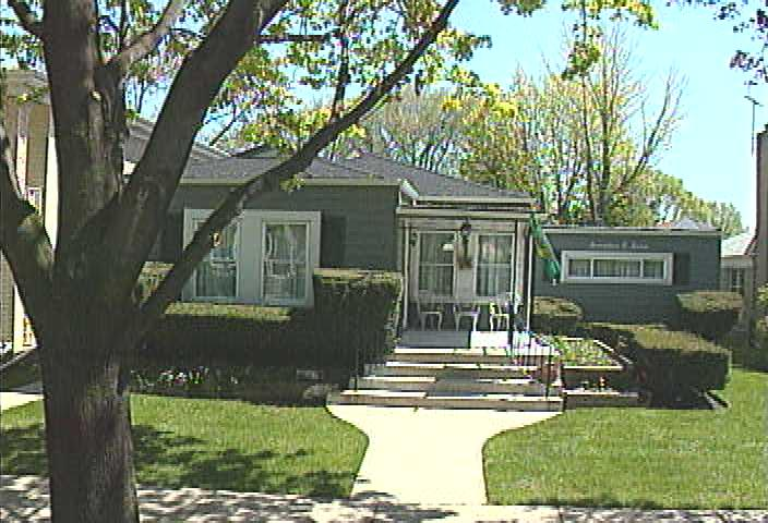 ForSaleByOwner (FSBO) home in Elmwood Park, IL at ForSaleByOwnerBuyersGuide.com