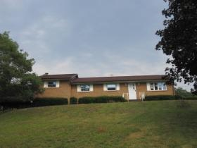 ForSaleByOwner (FSBO) home in Fort Ashby, WV at ForSaleByOwnerBuyersGuide.com