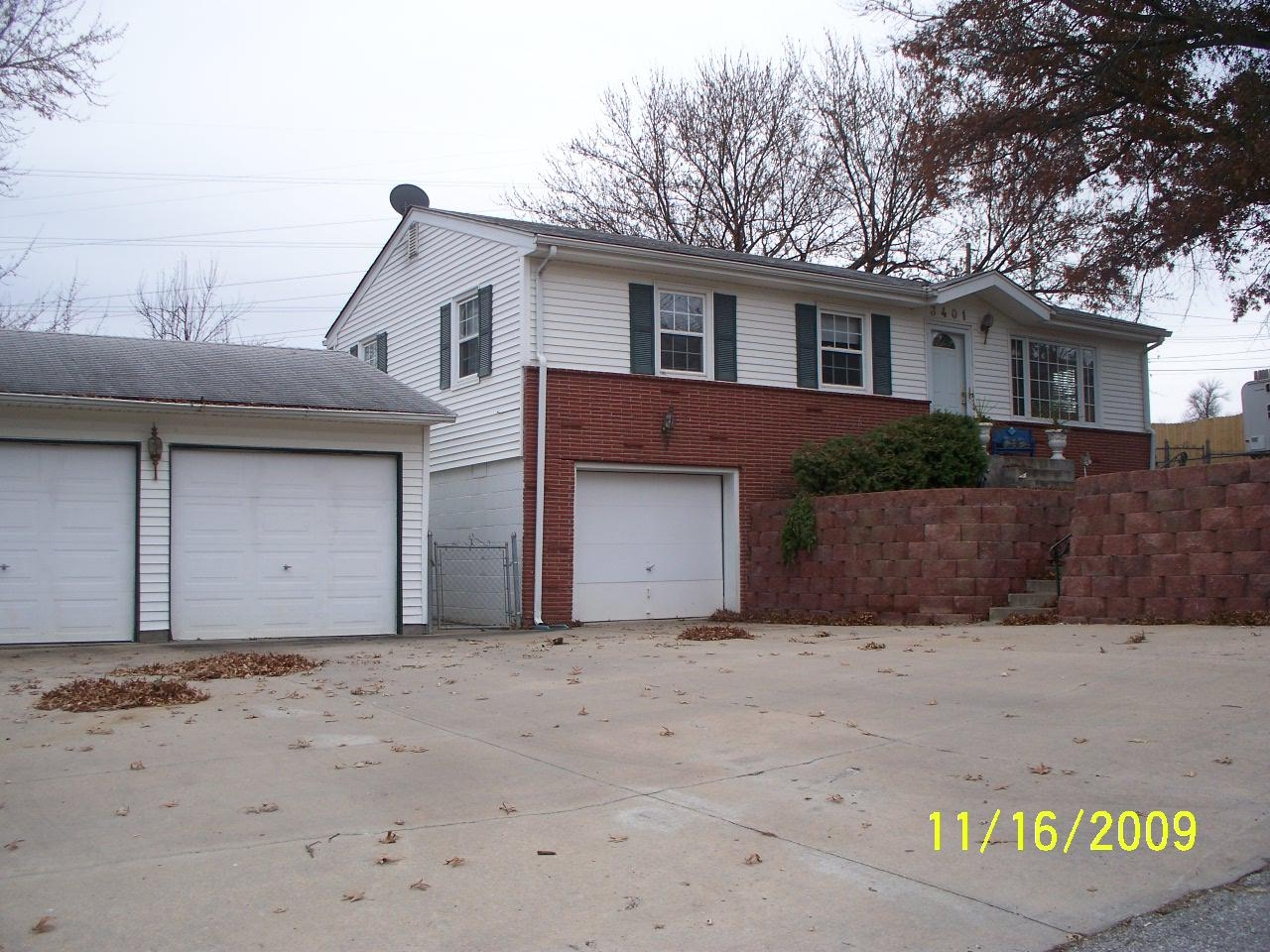 ForSaleByOwner (FSBO) home in Bellevue, NE at ForSaleByOwnerBuyersGuide.com