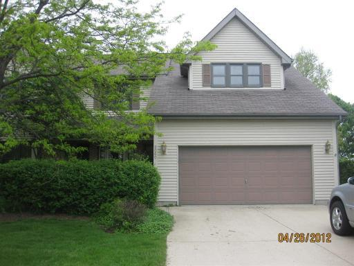 ForSaleByOwner (FSBO) home in Algonquin, IL at ForSaleByOwnerBuyersGuide.com