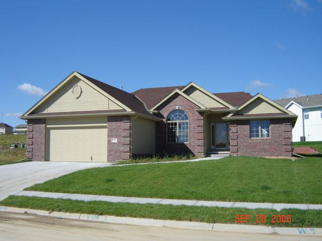 ForSaleByOwner (FSBO) home in Papillion, NE at ForSaleByOwnerBuyersGuide.com
