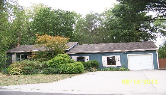 ForSaleByOwner (FSBO) home in Mission, KS at ForSaleByOwnerBuyersGuide.com