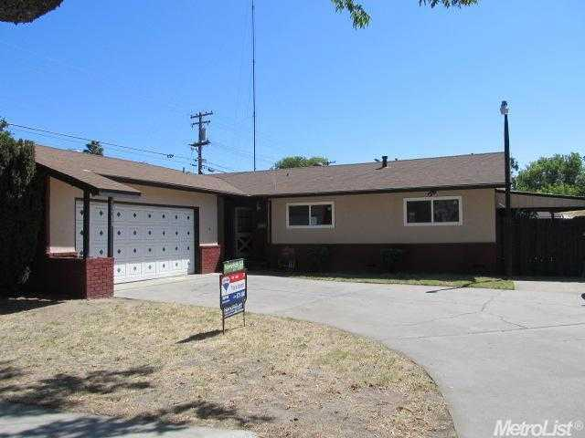 ForSaleByOwner (FSBO) home in Modesto, CA at ForSaleByOwnerBuyersGuide.com