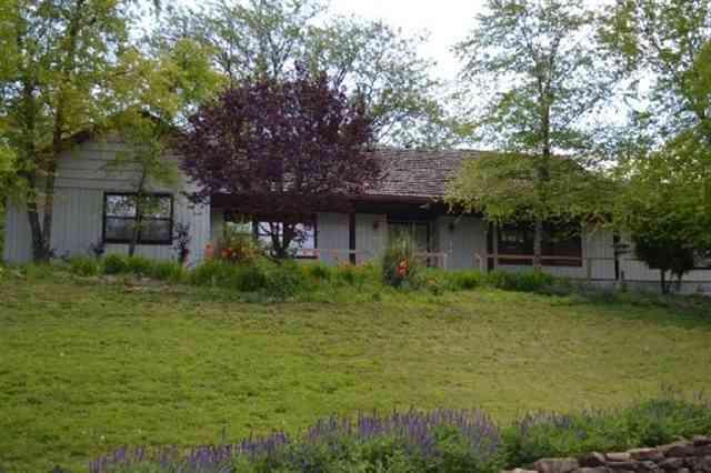 Topeka kansas ks for sale by owner kansas fsbo home in for Home builders in topeka ks