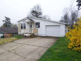 ForSaleByOwner (FSBO) home in Parkersburg, WV at ForSaleByOwnerBuyersGuide.com