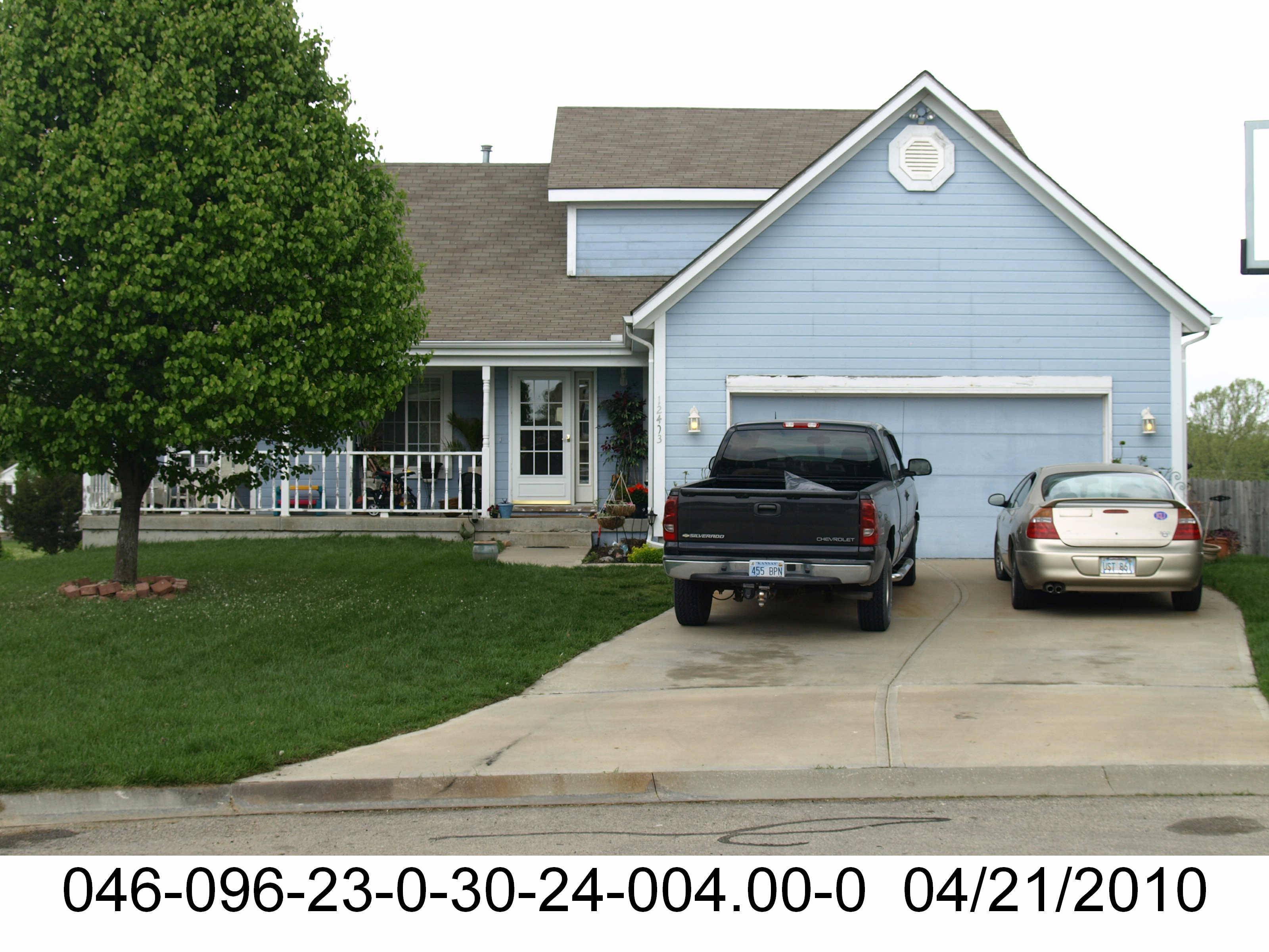 ForSaleByOwner (FSBO) home in Olathe, KS at ForSaleByOwnerBuyersGuide.com
