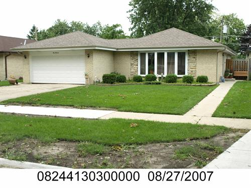ForSaleByOwner (FSBO) home in Des Plaines, IL at ForSaleByOwnerBuyersGuide.com