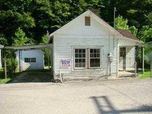 ForSaleByOwner (FSBO) home in Peach Creek, WV at ForSaleByOwnerBuyersGuide.com