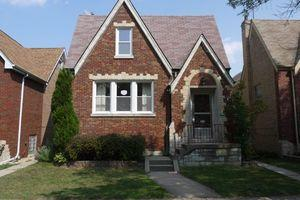 ForSaleByOwner (FSBO) home in Berwyn, IL at ForSaleByOwnerBuyersGuide.com