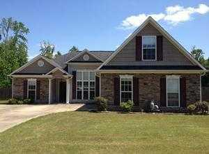 ForSaleByOwner (FSBO) home in Auburn, AL at ForSaleByOwnerBuyersGuide.com