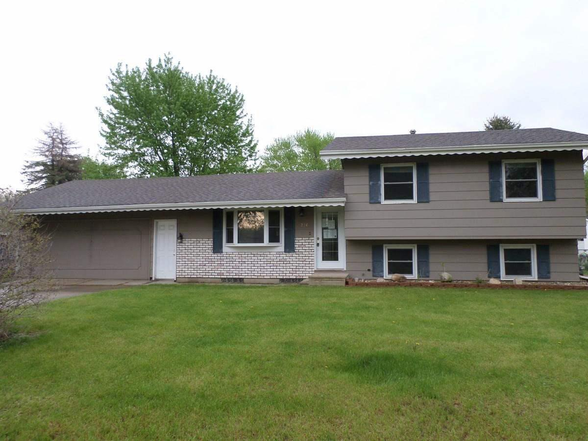 ForSaleByOwner (FSBO) home in Waterloo, IA at ForSaleByOwnerBuyersGuide.com