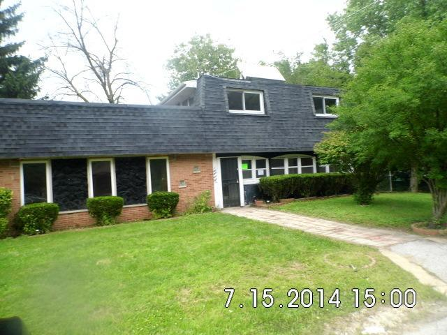 ForSaleByOwner (FSBO) home in Oak Forest, IL at ForSaleByOwnerBuyersGuide.com