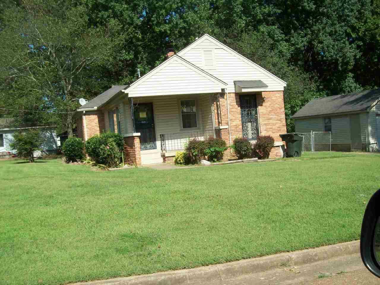 ForSaleByOwner (FSBO) home in Collierville, TN at ForSaleByOwnerBuyersGuide.com