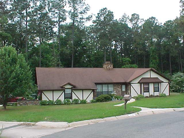 ForSaleByOwner (FSBO) home in Pensacola, FL at ForSaleByOwnerBuyersGuide.com