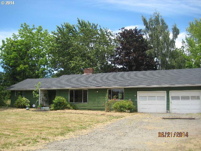 ForSaleByOwner (FSBO) home in Molalla, OR at ForSaleByOwnerBuyersGuide.com