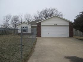 ForSaleByOwner (FSBO) home in Springdale, AR at ForSaleByOwnerBuyersGuide.com