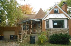 ForSaleByOwner (FSBO) home in Lansing, IL at ForSaleByOwnerBuyersGuide.com