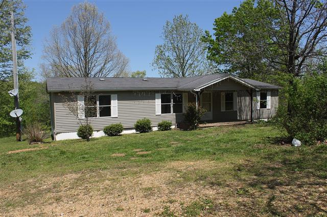 ForSaleByOwner (FSBO) home in Dover, TN at ForSaleByOwnerBuyersGuide.com