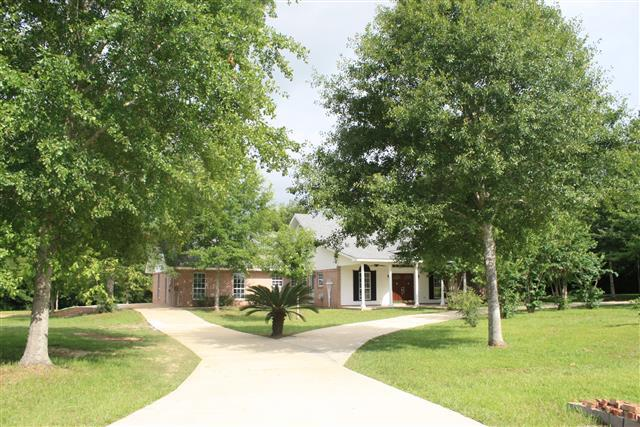 ForSaleByOwner (FSBO) home in Pass Christian, MS at ForSaleByOwnerBuyersGuide.com