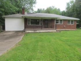 ForSaleByOwner (FSBO) home in Fairdale, KY at ForSaleByOwnerBuyersGuide.com