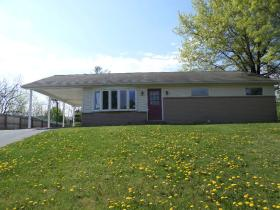 ForSaleByOwner (FSBO) home in Harrisburg, PA at ForSaleByOwnerBuyersGuide.com