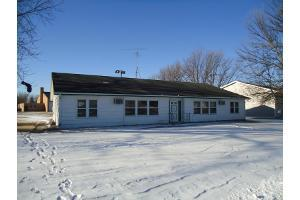 ForSaleByOwner (FSBO) home in Howard, SD at ForSaleByOwnerBuyersGuide.com
