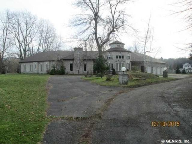 ForSaleByOwner (FSBO) home in Rochester, NY at ForSaleByOwnerBuyersGuide.com