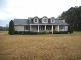 ForSaleByOwner (FSBO) home in Pikeville, NC at ForSaleByOwnerBuyersGuide.com