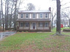 ForSaleByOwner (FSBO) home in Richmond, VA at ForSaleByOwnerBuyersGuide.com
