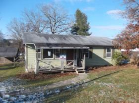 ForSaleByOwner (FSBO) home in Jumping Branch, WV at ForSaleByOwnerBuyersGuide.com