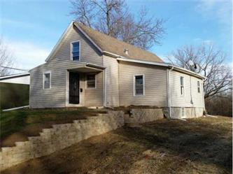 ForSaleByOwner (FSBO) home in Anamosa, IA at ForSaleByOwnerBuyersGuide.com