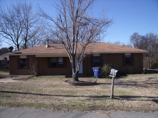 ForSaleByOwner (FSBO) home in Fort Smith, AR at ForSaleByOwnerBuyersGuide.com