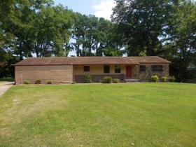 ForSaleByOwner (FSBO) home in Forrest City, AR at ForSaleByOwnerBuyersGuide.com