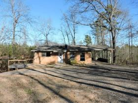 ForSaleByOwner (FSBO) home in Hot Springs National Park, AR at ForSaleByOwnerBuyersGuide.com
