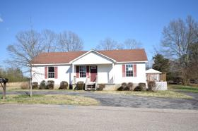 ForSaleByOwner (FSBO) home in Henderson, TN at ForSaleByOwnerBuyersGuide.com
