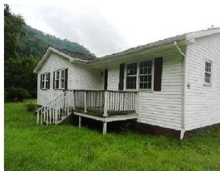 ForSaleByOwner (FSBO) home in Clothier, WV at ForSaleByOwnerBuyersGuide.com