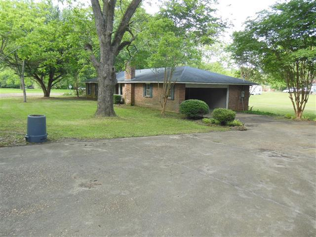 ForSaleByOwner (FSBO) home in Bassfield, MS at ForSaleByOwnerBuyersGuide.com