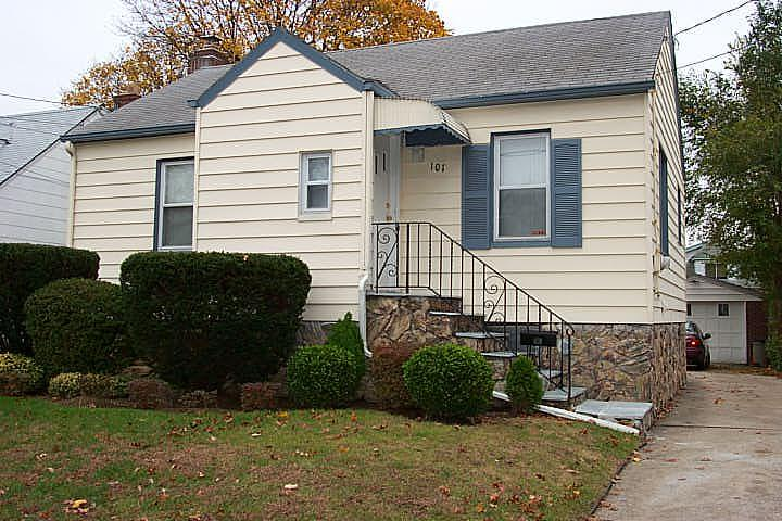 ForSaleByOwner (FSBO) home in Elmont, NY at ForSaleByOwnerBuyersGuide.com