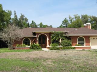 ForSaleByOwner (FSBO) home in Fort Myers, FL at ForSaleByOwnerBuyersGuide.com